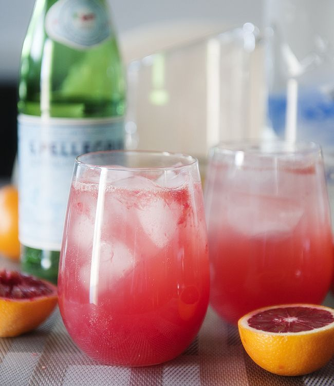 Light and refreshing blood orange cocktail with white grape juice, vodka and sparkling water.