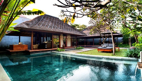 Our Deal - Relax for three, five or seven nights in a one bedroom Pool Villa for two people in beautiful Bali! Includes daily breakfast, drinks, shuttle service, airport transfers