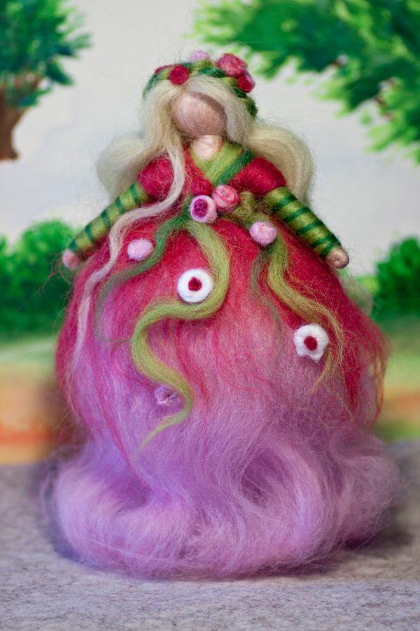 Fee aus Märchenwolle, wool fairy, fairy, felt, wool, craft, jahreszeitentisch, märchenwolle, waldorf