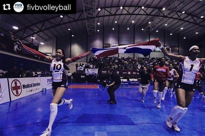 Reposted from @voleifemrd #Repost @fivbvolleyball On this day exactly four years ago the #dominicanrepublic made history with their qualification for #London2012! Are they going to make it to #Rio2016 too #throwbackthursday #tbt #throwback #olympics #olympicgames #republicadominicana #volleyball #volley #vball #volei #voleibol #sport #deporte.  Con las pilas puestas pues en pocos días estarán nuestras chicas en cancha en la búsqueda del pase a #RIO2016 #volleyjump