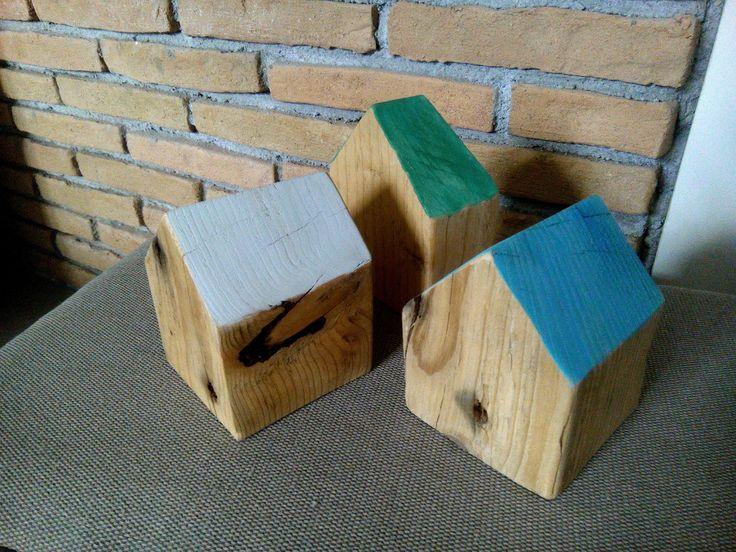 Διακοσμητικά ξύλινα σπιτάκια