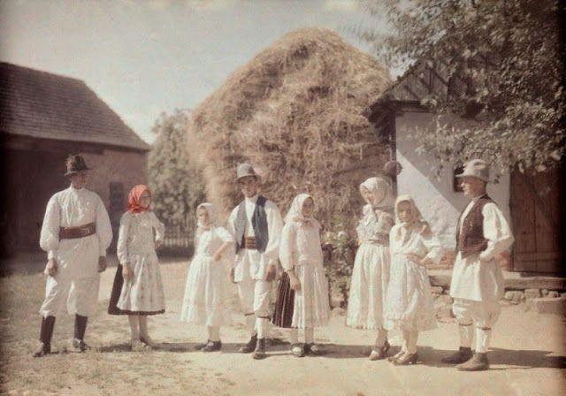 1934 - Families of the northem province Bucovina pose dressed in costume.