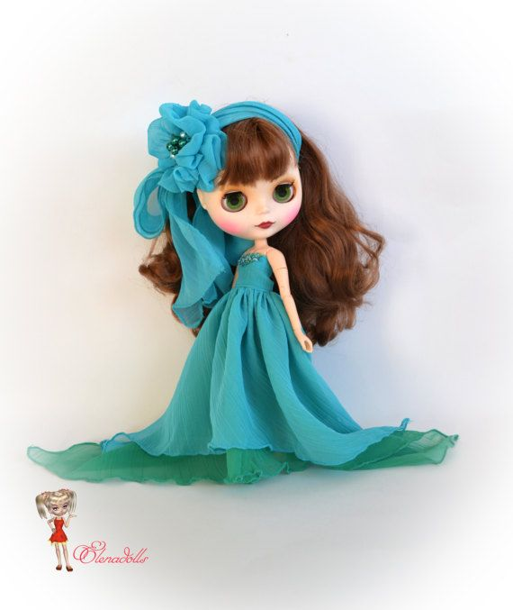 Set for Blythe. Sea breeze. Long sleeveless dress