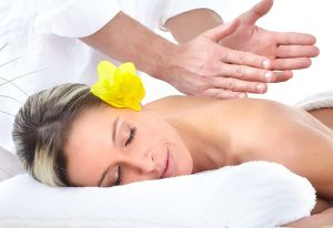 Find the best deals on booking Thai Massage Toronto packages online at the King Thai Massage And Midori Day Spa. Walk-in or get appointment @ MidoriDaySpa.ca website or call on 416-924-1818