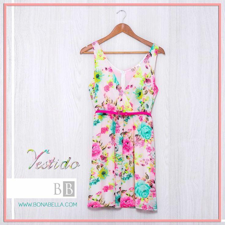 Un vestido perfecto para el verano, enamórate de nuestros vestidos. Te esperamos en nuestras tiendas!