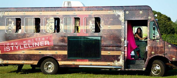 The Styleliner, a boutique on wheels.Mobile Shops, Accessories Shops, Fashiontruck, Foodtruck, Fashion Trucks, Food Trucks, Stylelin Mobiles, Mobiles Accessories, Shopping Ideas