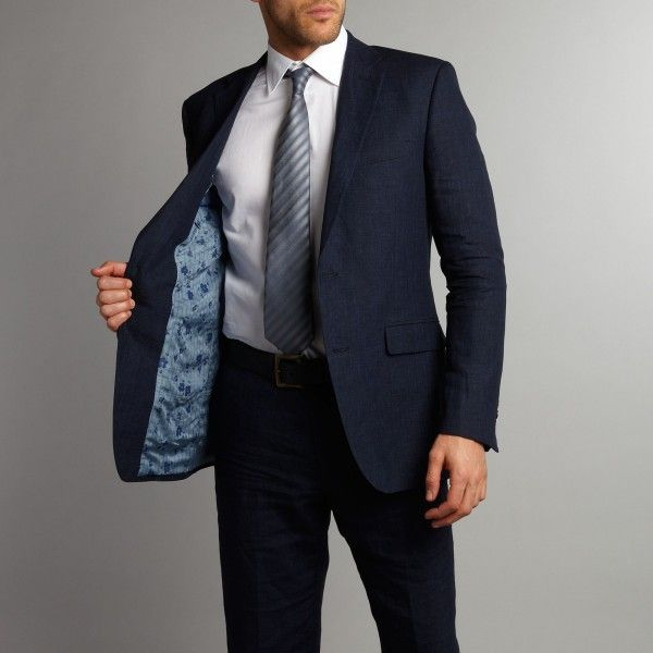 The Perfect Fitting Suit & Tie