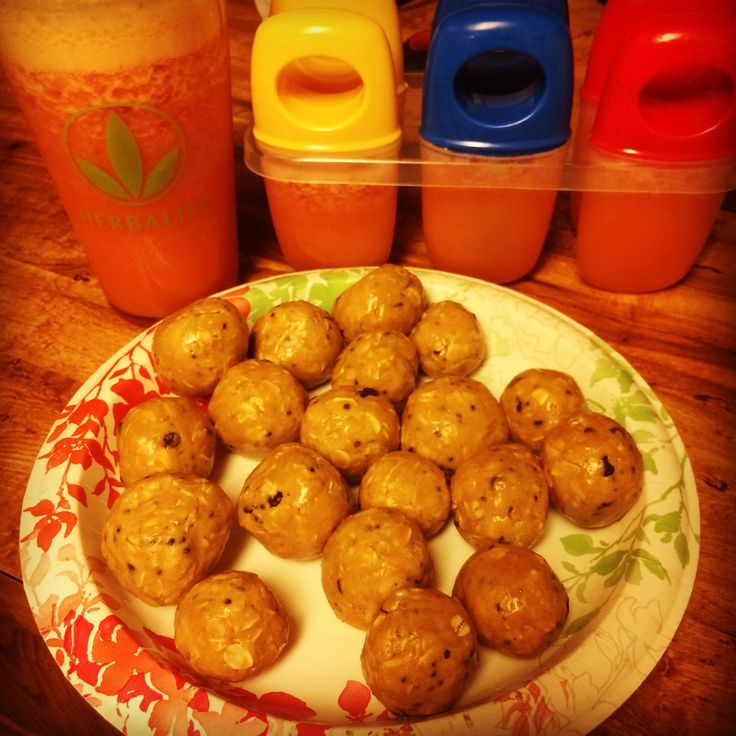Herbalife Protein Balls 1 cup of oatmeal 1 cup of Herbalife formula 1 1/2 cup honey 1/2 cup natural peanut butter Optional: mini chocolate chips Mix ingredients together and roll into balls. Herbalife Beverage Mix Popsicles Mix suggested serving amount of Bev Mix. Optional: frozen strawberries or other fruits. ENJOY!!!!