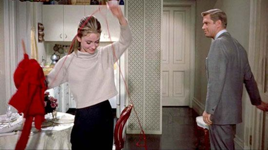 Audrey Hepburn as Holly Golightly doing her knitting in 'Breakfast at Tiffany's'.Glamorous Knitter, Cybermonday Pricedrop, Crochet, Knitting, Breakfast At Tiffanys, Audrey Hepburn, Holly Golightly, Ranch Houses, Knits