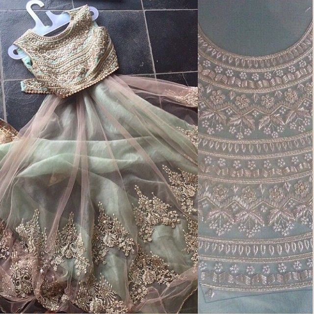 If this is the sign of things to come at @anushreereddyofficial show , then we cannot wait !!! #toobeautiful #olive #vintageprincess