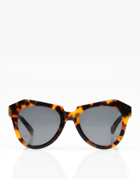 Number One Crazy Tort sunglasses by Karen Walker #wantsobad