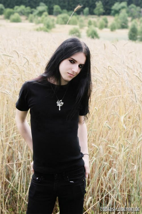 Goth guys, Long hair and Goth on Pinterest
