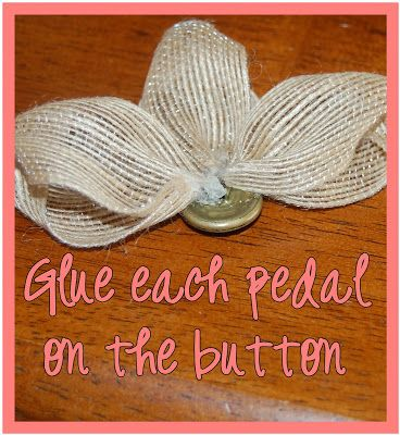 DIY-easy flower for christmas ornaments, hair bows or sewing projects. That's So Cuegly: Craft Concoction Friday! {Burlap-ish}