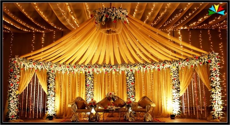 Wedding/Mehndi Decor/Stages on Pinterest | Indian Wedding Stage ...