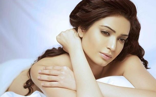 Karishma Tanna #Bollywood #Style #Fashion