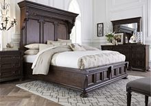 Lyla™ Mansion Bed from the Lyla™ collection by Broyhill Furniture