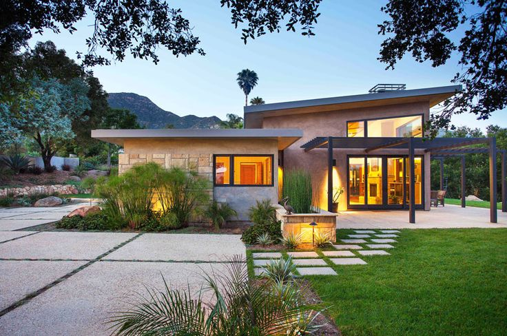 Like The Exterior Concrete Pavers No Grass Though Architecture House Design California Architecture