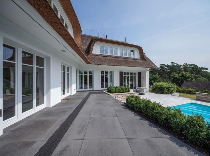 Umbriano Terrassenplatten Grau-anthrazit gemasert