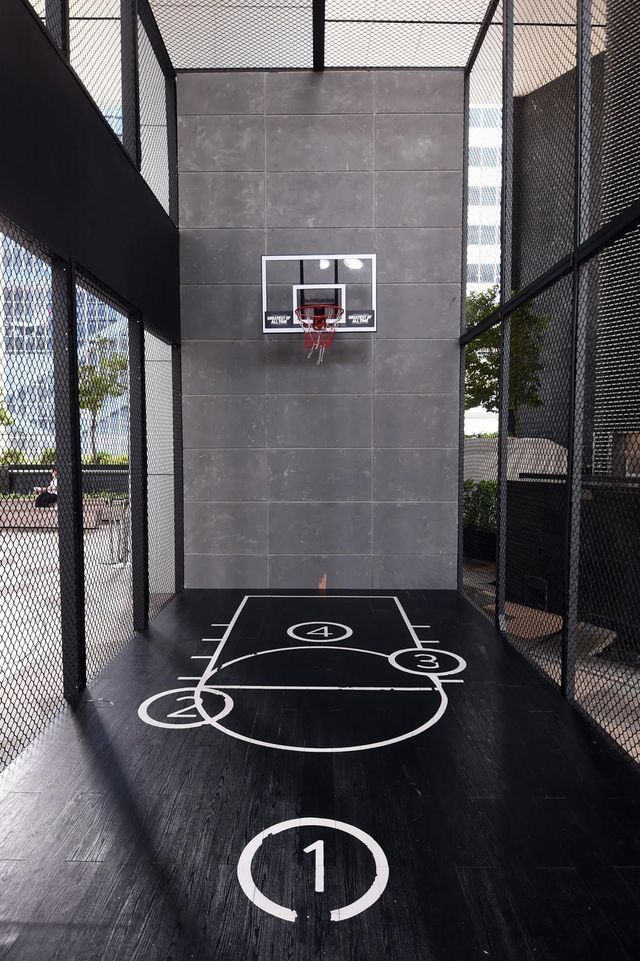 Pin By Icha On Phone Wallpaper Home Basketball Court Best Home