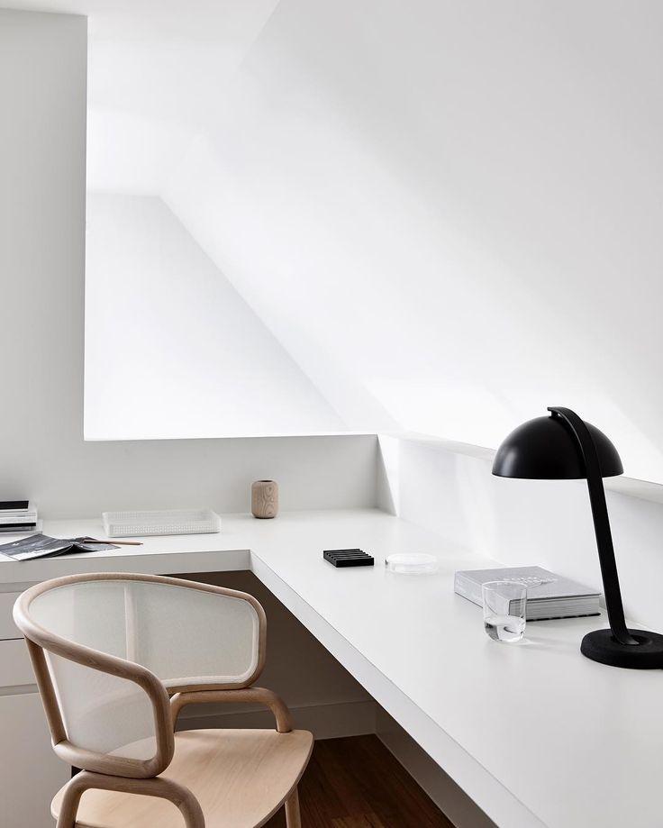 Carlton House - mezzanine study space. . Phot