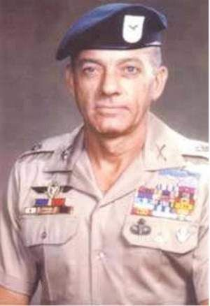 """Medal of Honor recipient,Korean War hero & Special Forces legend retired Army Col.Ola Lee Mize died at 82,according to Medal of Honor Society.He died 13 March 2014 after lengthy illness.Awarded Medal of Honor for actions June 10 & 11,1953,near Surang-ni, Korea,when enemy launched heavy attack against """"Outpost Harry,"""" according to award citation.He received the award in 1954,when he was a master sergeant."""