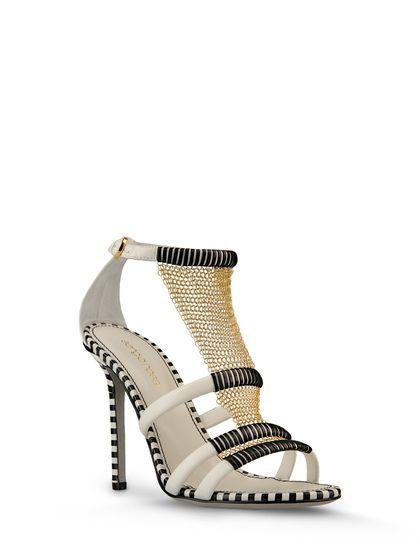 Oggi vi mostriamo la collezione di scarpe primavera-estate 2013 by Sergio Rossi.