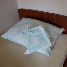 Pysjamasbukse og putetrekk fra  kledd - Epla