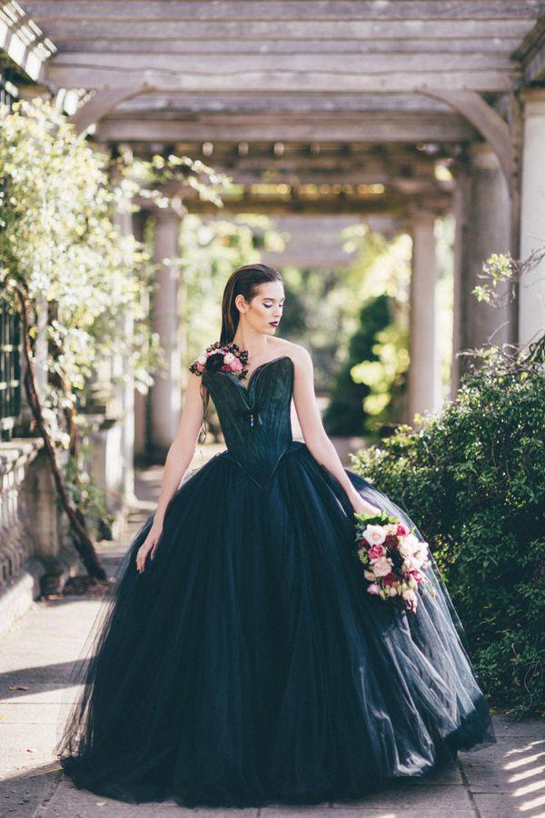 64 best BLACK AND GOLD WEDDING images on Pinterest | Short wedding ...