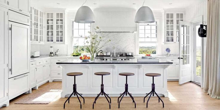 New York Modern Kitchen Design Ideas with wooden floor and white cupboard