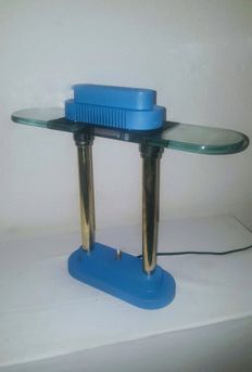 "SMC Boxford Holland ""Penta"" of Blauwe Vintage Design Bureau Lamp Naar PAUSANIA Van Ettore Sottsass Memphis Stijl"