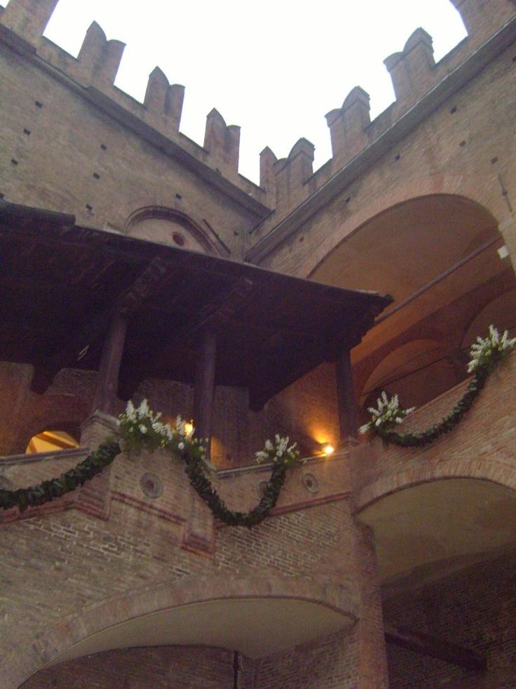 """Palazzo Re Enzo - """"Bologna: una città d'amare… e d'amore! (prima parte)"""" by @SanaVeronica"""