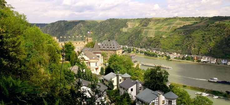 RomantikHotelCastleRheinfels-Rhineland-Palatinate-Germany