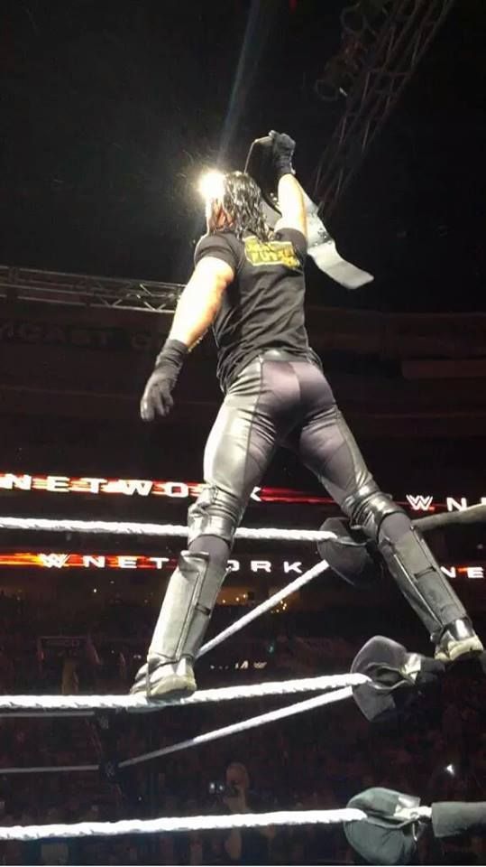 #DatAss Seth Rollins <3. You can bounce a quarter off it!