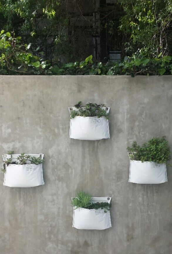 Planting Containers For Vertical