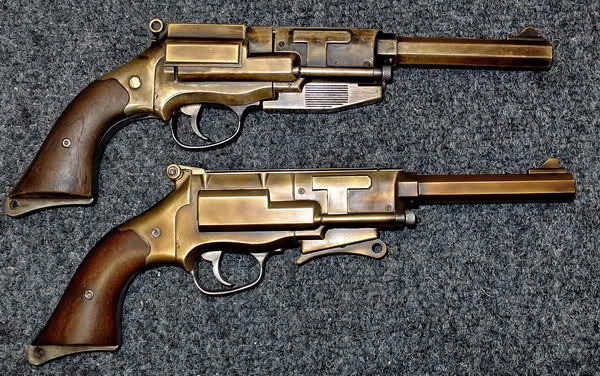 Firefly/Serenity Mal's Pistol Need.  No, seriously. NEED.