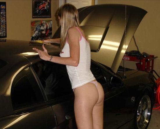 Good ol' Mustangs with hot girls (101 Photos) » mustang-girls-550-82