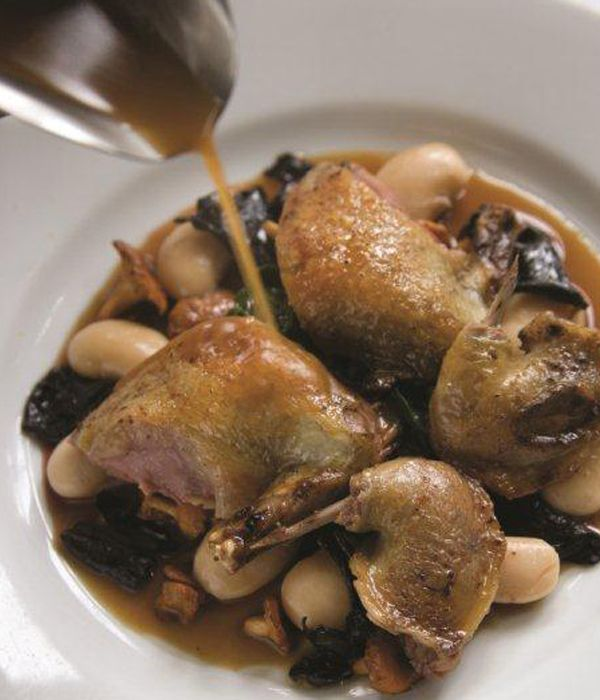 Used as a bed for squab in this roast pigeon recipe, the butter beans will need to be soaked overnight. When in season, this dish from Bryan Webb looks great garnished with some skinned broad beans, or accompanied with some wild rice. Roast pigeon is a wonderful alternative to standard Sunday roasts.