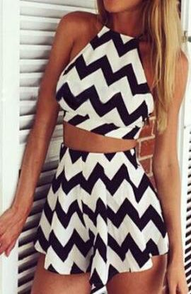 Criss Cross Back Top With Zigzag Skirt 26.33