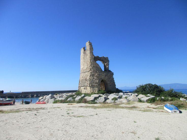 Obranná věž - Briatico - Kalábrie - Itálie