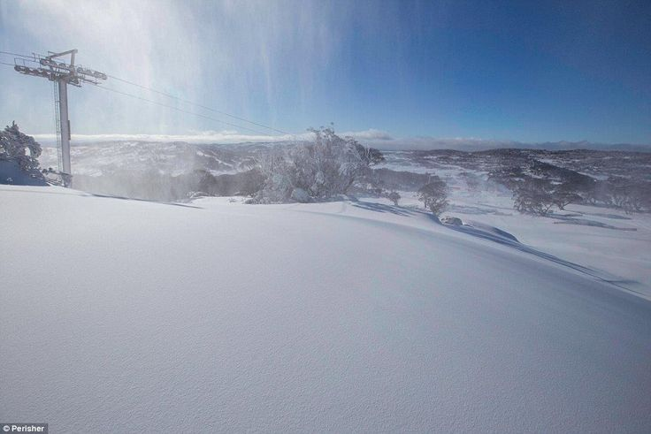 06/03/2015 - A foot of snow hits parts of Australia as the country endures its lowest temperatures for 40 years as its winter begins