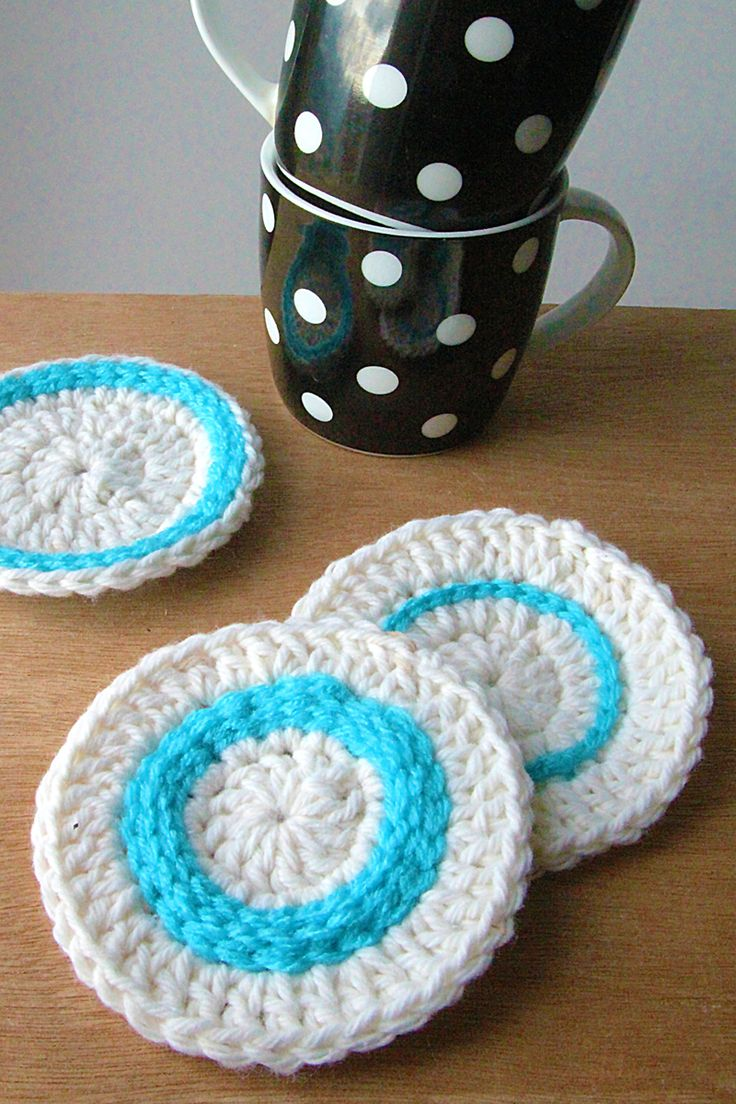 97 best crochet pot holders and coasters images on pinterest crocheted coasters with top stitching super simple and looks great make them is colors bankloansurffo Images
