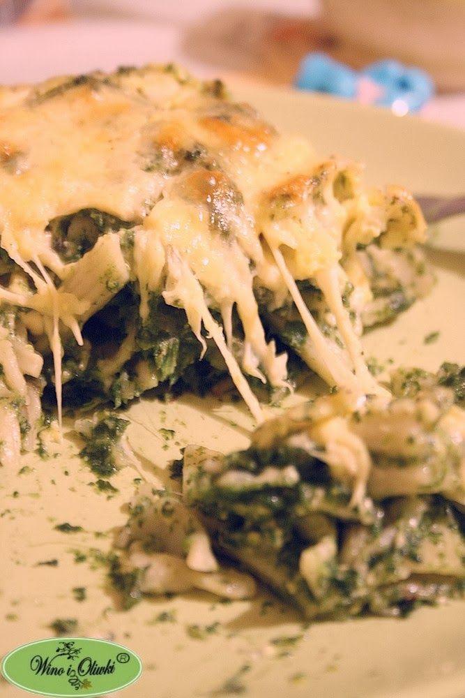 Zapiekanka makaronowa ze szpinakiem i serem pleśniowym