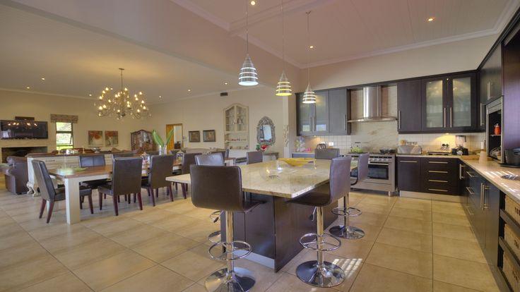 Open plan kitchen #kitchen #homedecor #homedesign #modern #lifestyle #finishes