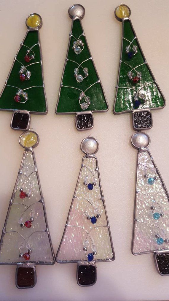 Stained glass Christmas tree | Kabelkunst | Pinterest | Glas und ...
