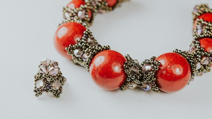USED MATERIALS: 1. Bicone crystal 3 mm, 4 mm 2. Czech beads nr.10