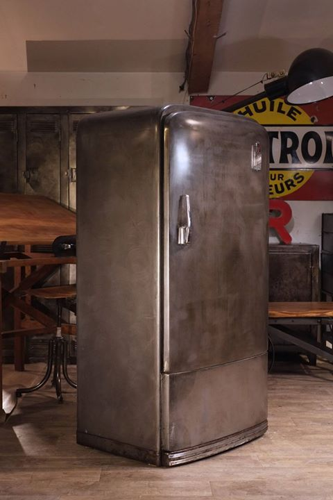les 25 meilleures id es de la cat gorie frigo vintage sur pinterest frigo retro cuisine en. Black Bedroom Furniture Sets. Home Design Ideas