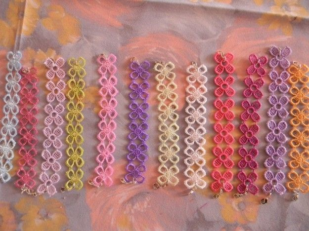 Lavori in cotone macramè - Bracciali colorati fai da te.