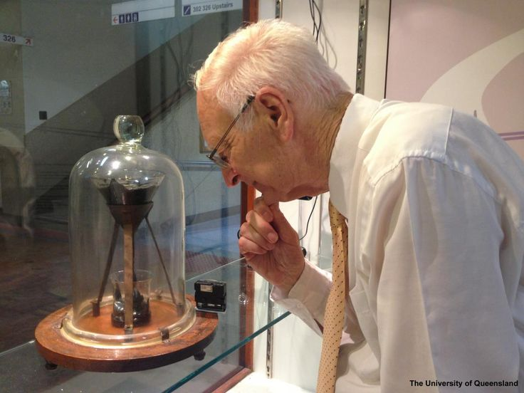 The Pitch Drop Experiment | School of Mathematics and Physics. Custodian of the experiment, Professor John Mainstone. Pitch - brittle solid, highly viscous fluid, or both? 83 years later, the 9th drop is just forming and you can watch, live!