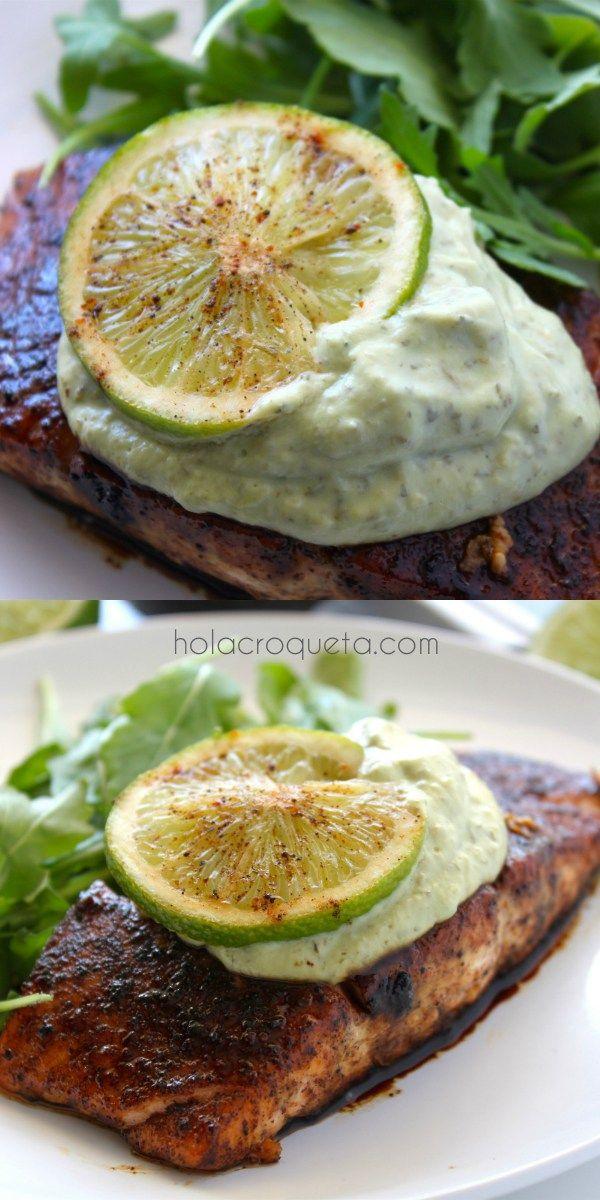 Brown Sugar and Chili-Rubbed Salmon with Avocado Crema | HolaCroqueta.com