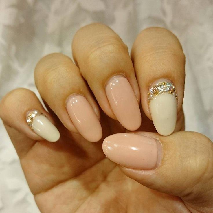 花組イメージしてひさしぶりにピンク🌸 #newnails #nail #pinknails #springnails #simplenails #instagood #instanails #nailstagram #cute #ネイルデザイン #ネイル #ネイル2016 #ネイルアート #ジェルネイル #ピンクネイル #春ネイル #ビジューネイル #シンプルネイル